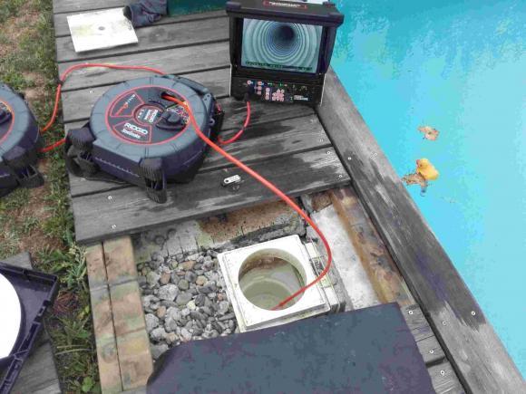 pompe piscine bouchee